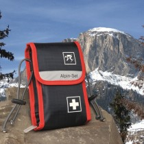 Alpine-Set First Aid Bag For Skiers